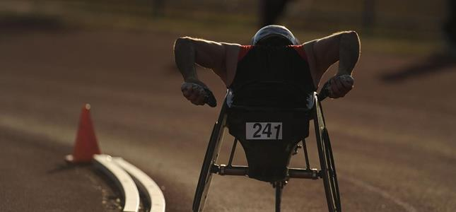 wheelchair race ()