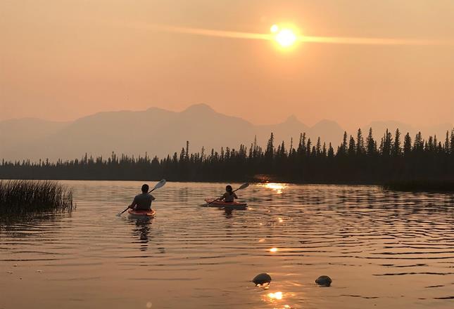 Anne Usher canoe ()